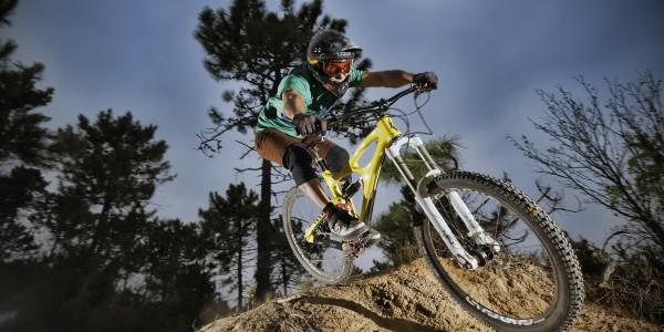 Joseph Murachelli, Trail : Due Muri